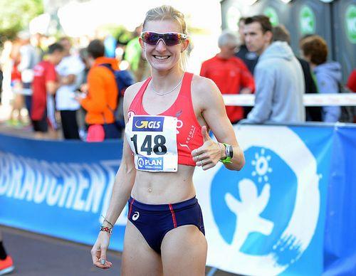 """Katharina Steinruck gewinnt mit neuer """"PB"""" den Marathon in Enschede und kann jetzt für Olympia planen"""